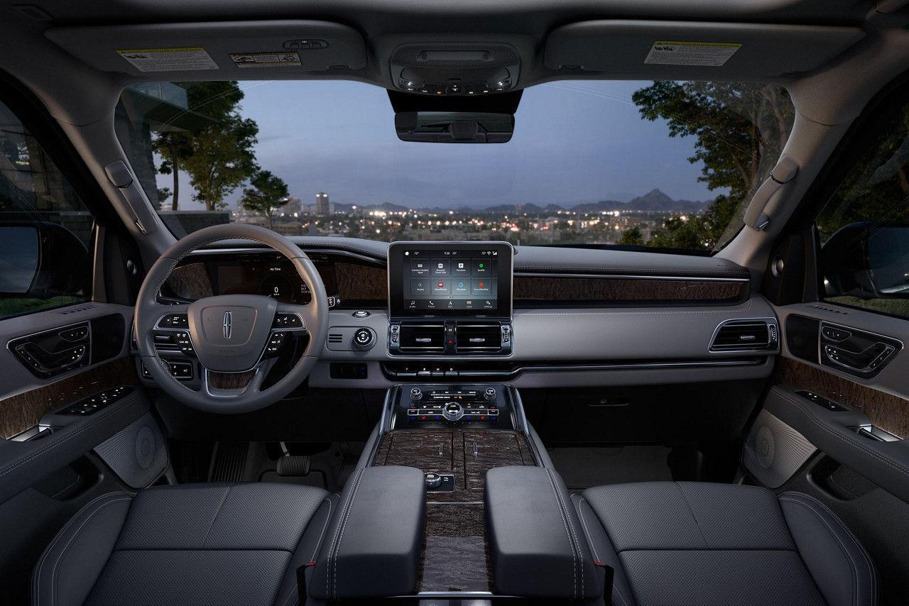 2018 Navigator