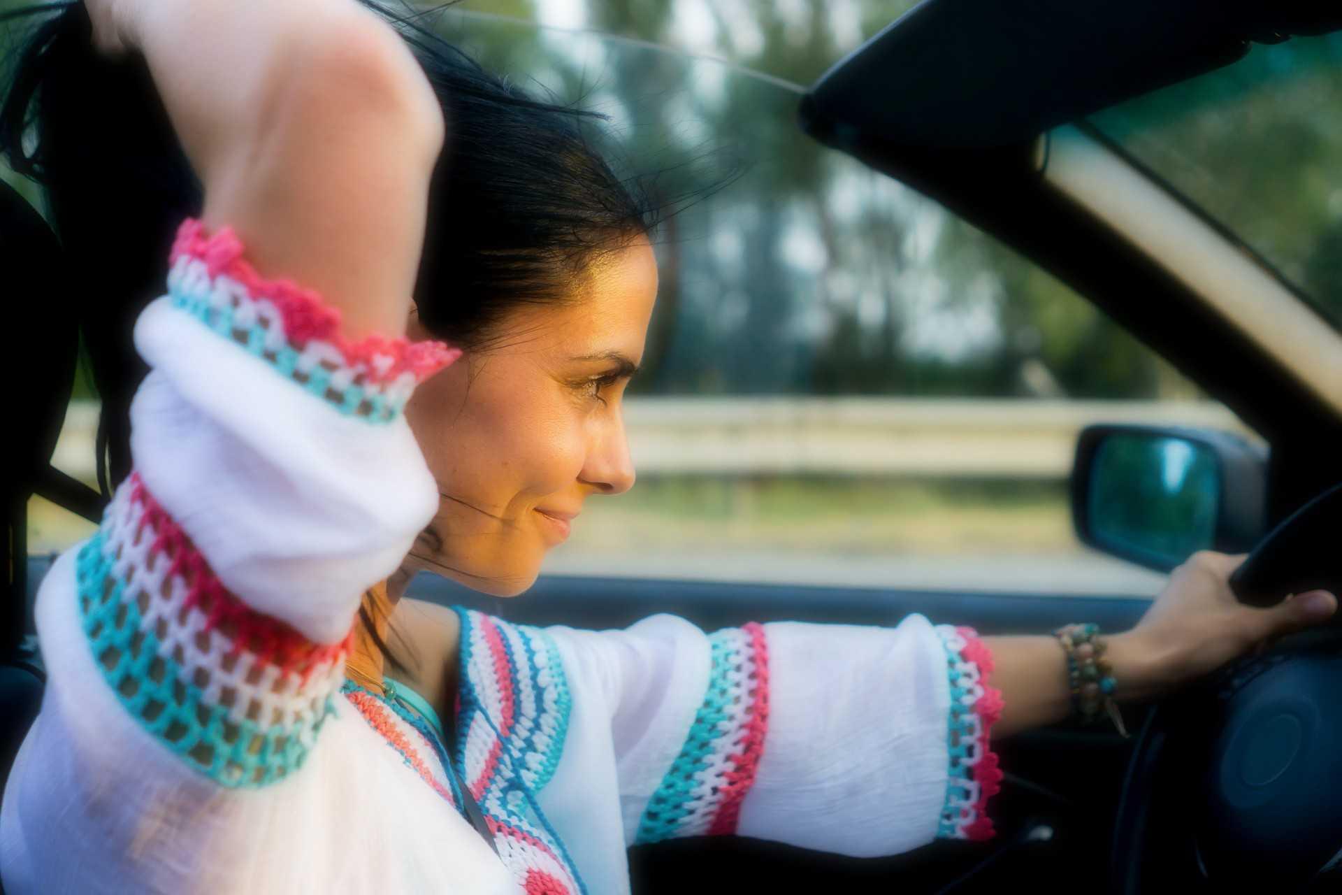 Pourquoi ne pas rouler cheveux au vent en cabriolet?