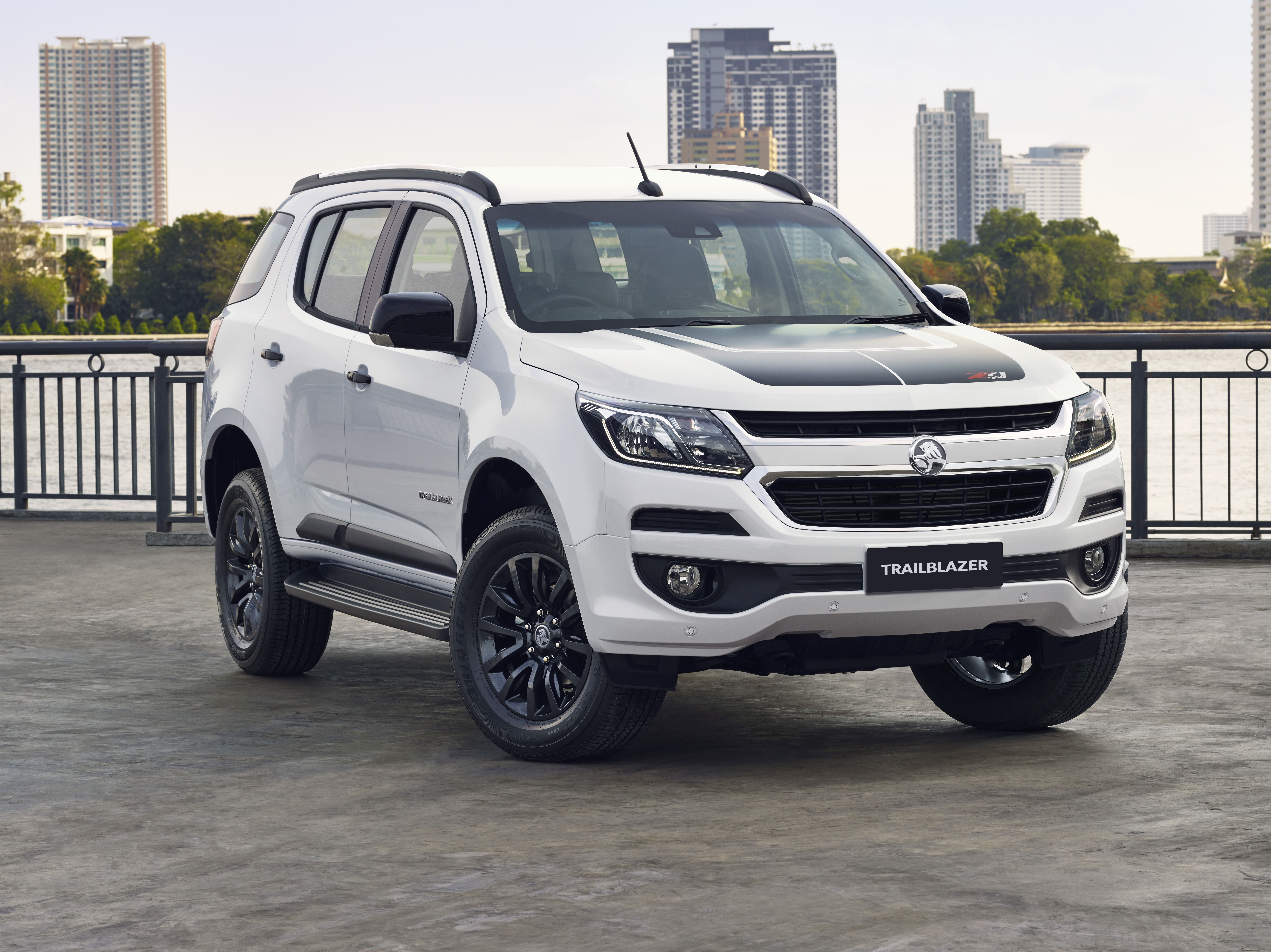 5 Reasons to Buy a Holden Family SUV