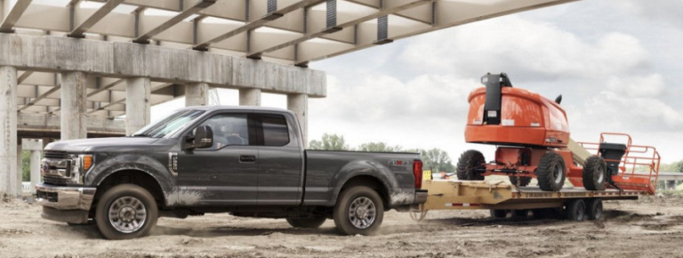 2017 Ford F-350 SuperDuty Lariat Exterior Side View