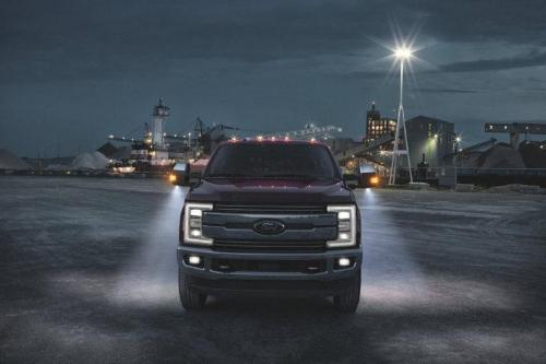 2017 Ford F-350 SuperDuty XLT Exterior Front End