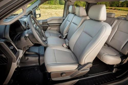 2017 Ford F-350 SuperDuty XLT Interior Seating