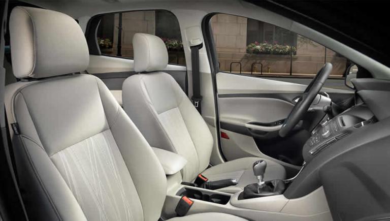 2017 Ford Focus SE Interior Seating