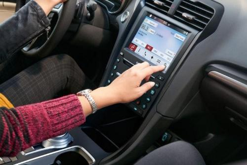 2017 Ford Fusion SE Interior