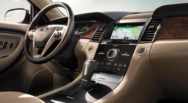 2017 Ford Taurus Interior Dashboard