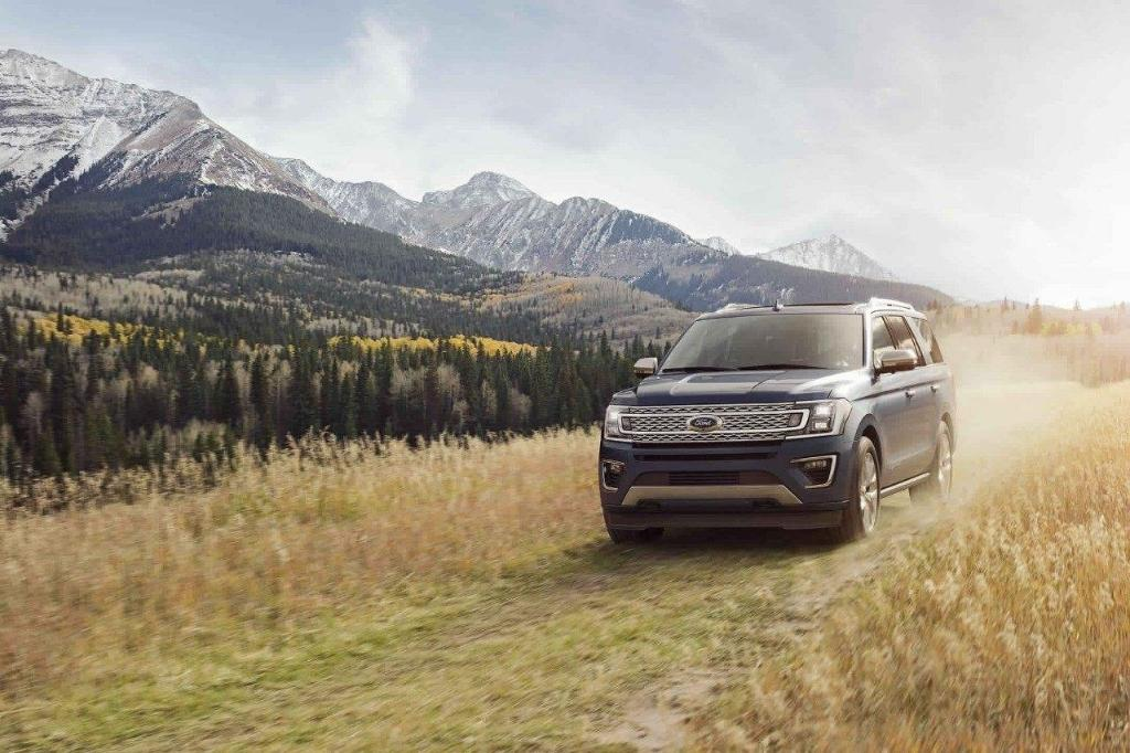 2018 Ford Expedition Front