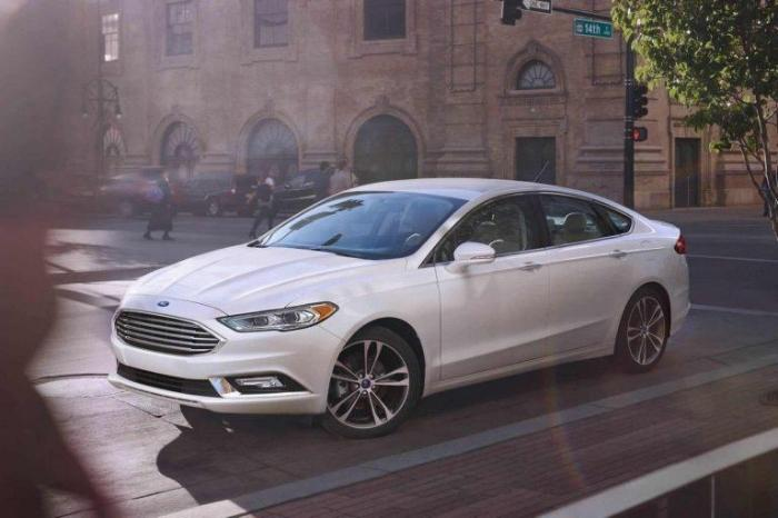 2017 Ford Fusion Exterior Front End