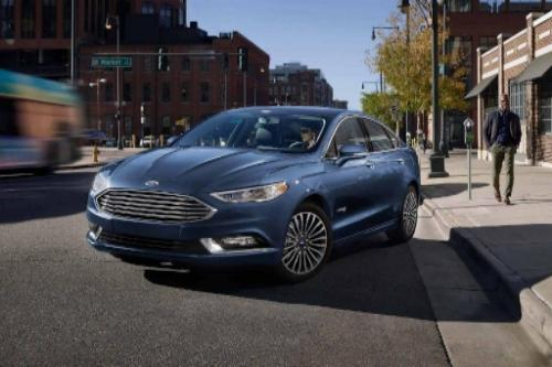 2018 Ford Fusion Hybrid SE Exterior Front End