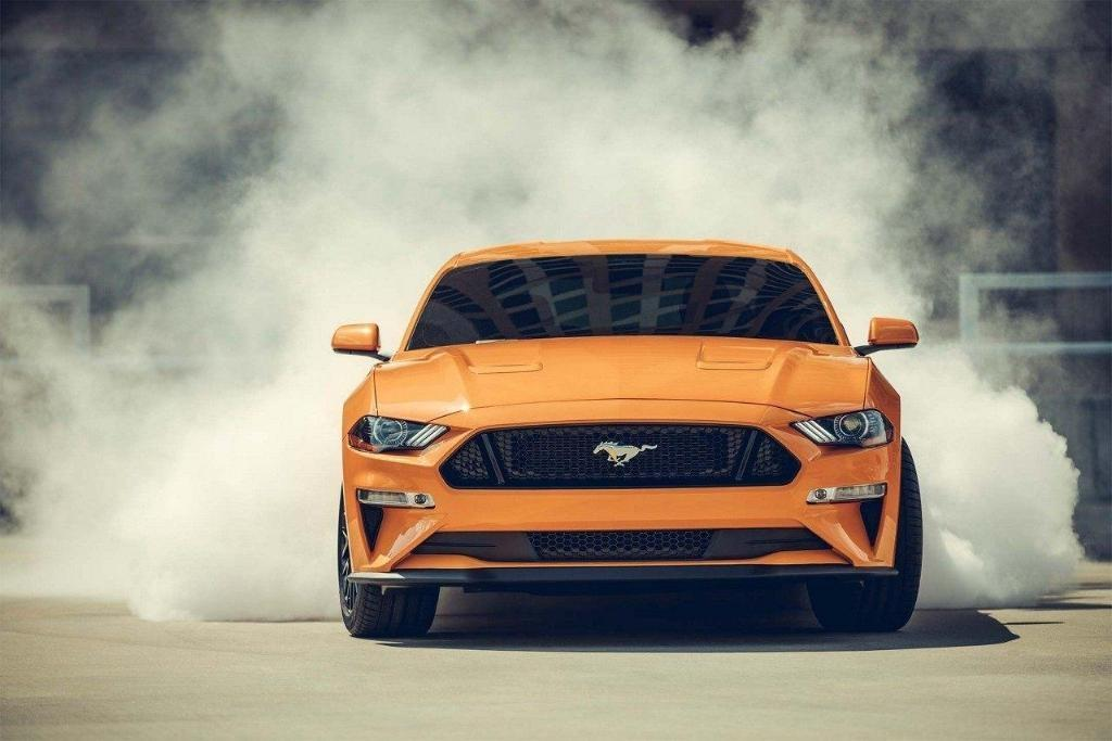 2018 Ford Mustang Exterior Front