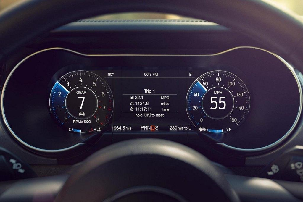 2018 Ford Mustang Interior Dashboard