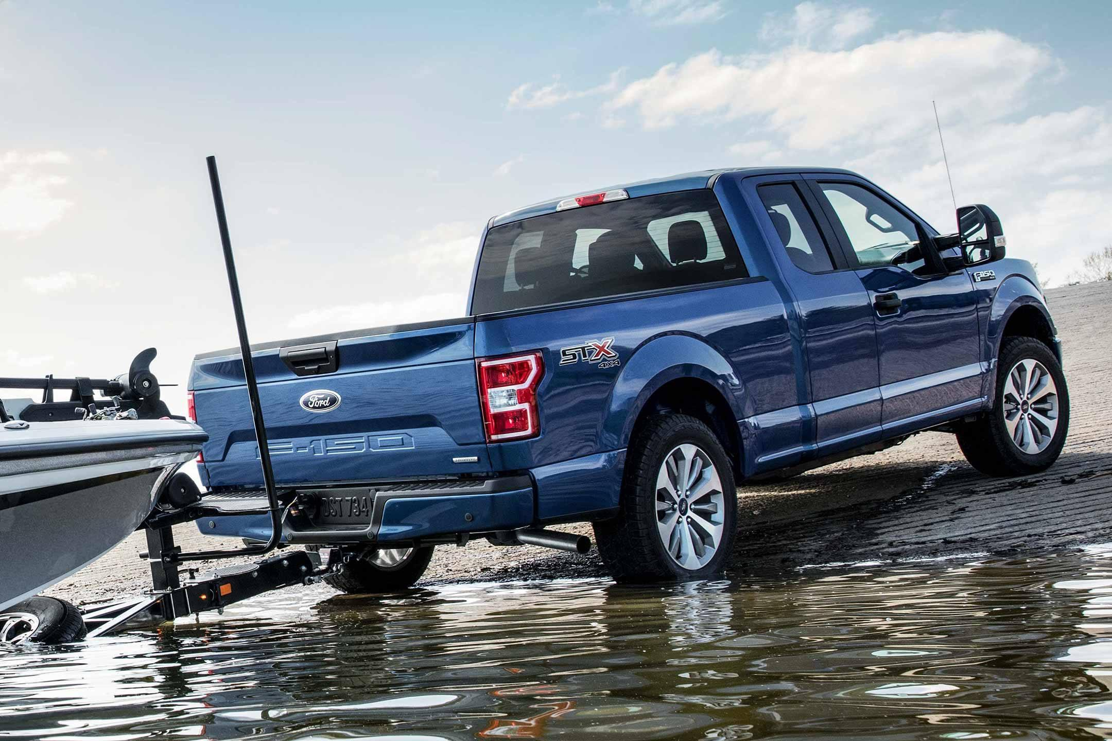 Back-up Assist Power on the 2019 Ford F-150 XLT SuperCrew in Blue at Cabot Ford Lincoln in St. John's, Newfoundland and Labrador (NL)