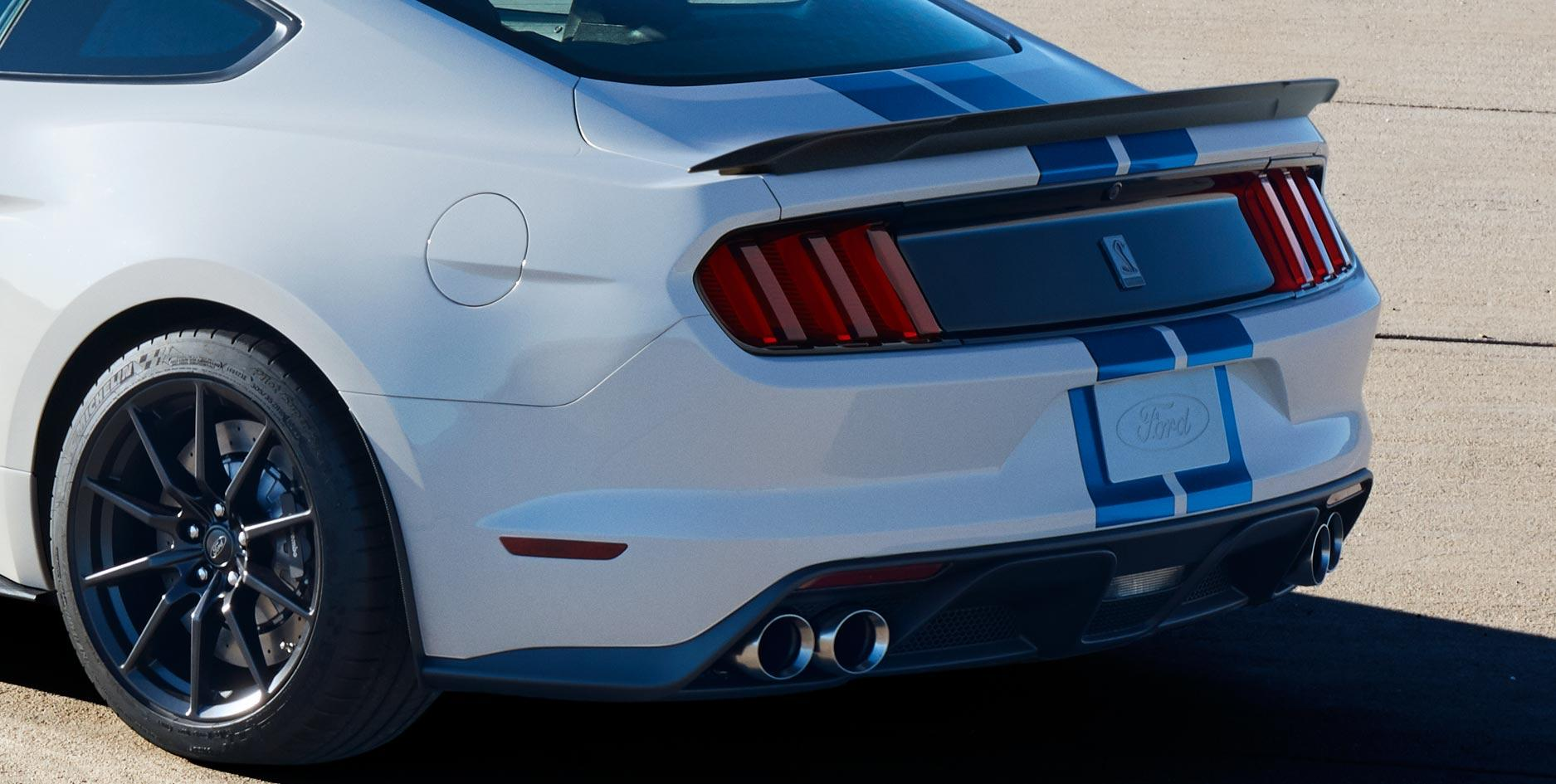 Shelby GT350 Diffuser