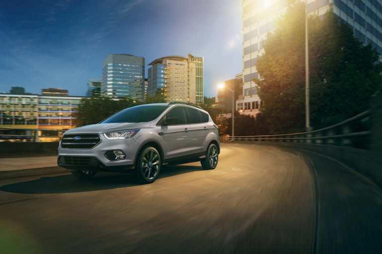 2018 Escape - Discovery Ford Burlington