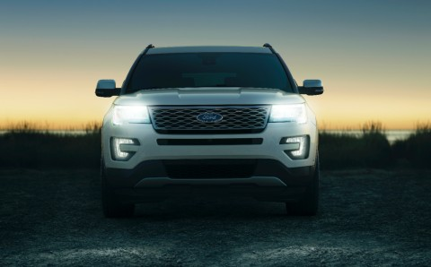 2017 Ford Explorer Front View