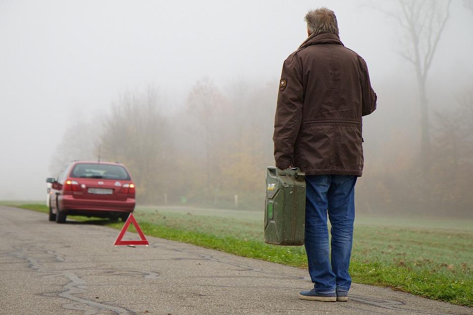 Tips for Handling an Automobile Breakdown