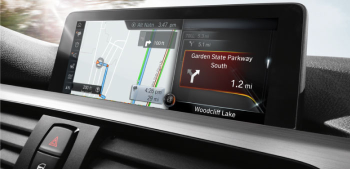 BMW 3 Series Navigation with Real Time Traffic Info